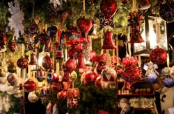 Poles plan to spend 11% more this Christmas