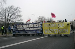 """Solidarity, not nationalism"" anti-xenophobe march in Warsaw"