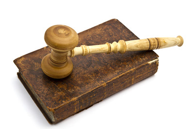 gavel-law-constitution