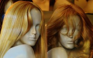 Wearing wigs can help the cancer survivors in many ways