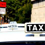 Polish taxi drivers sue Uber and seek to ban